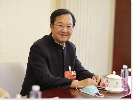 【全国两会】政协委员建议开展全民免费医疗试点